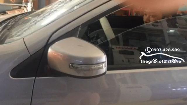 Độ gương gập tự động xe hơi